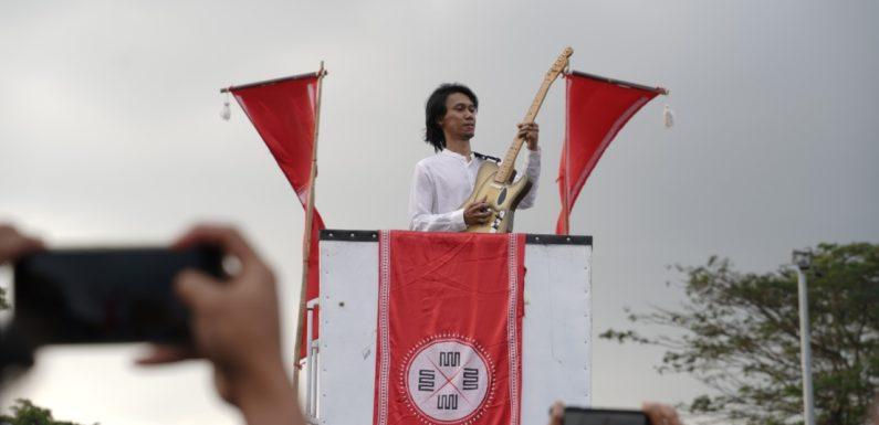 Eross Candra Ramaikan Pawai dan Pembukaan Festival Kebudayaan Yogyakarta (FKY) 2019